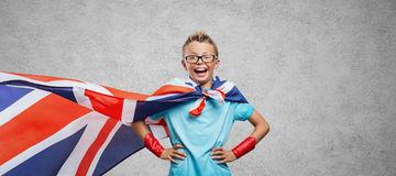 presentación-sonriente-del-super-héroe-59510904.jpg
